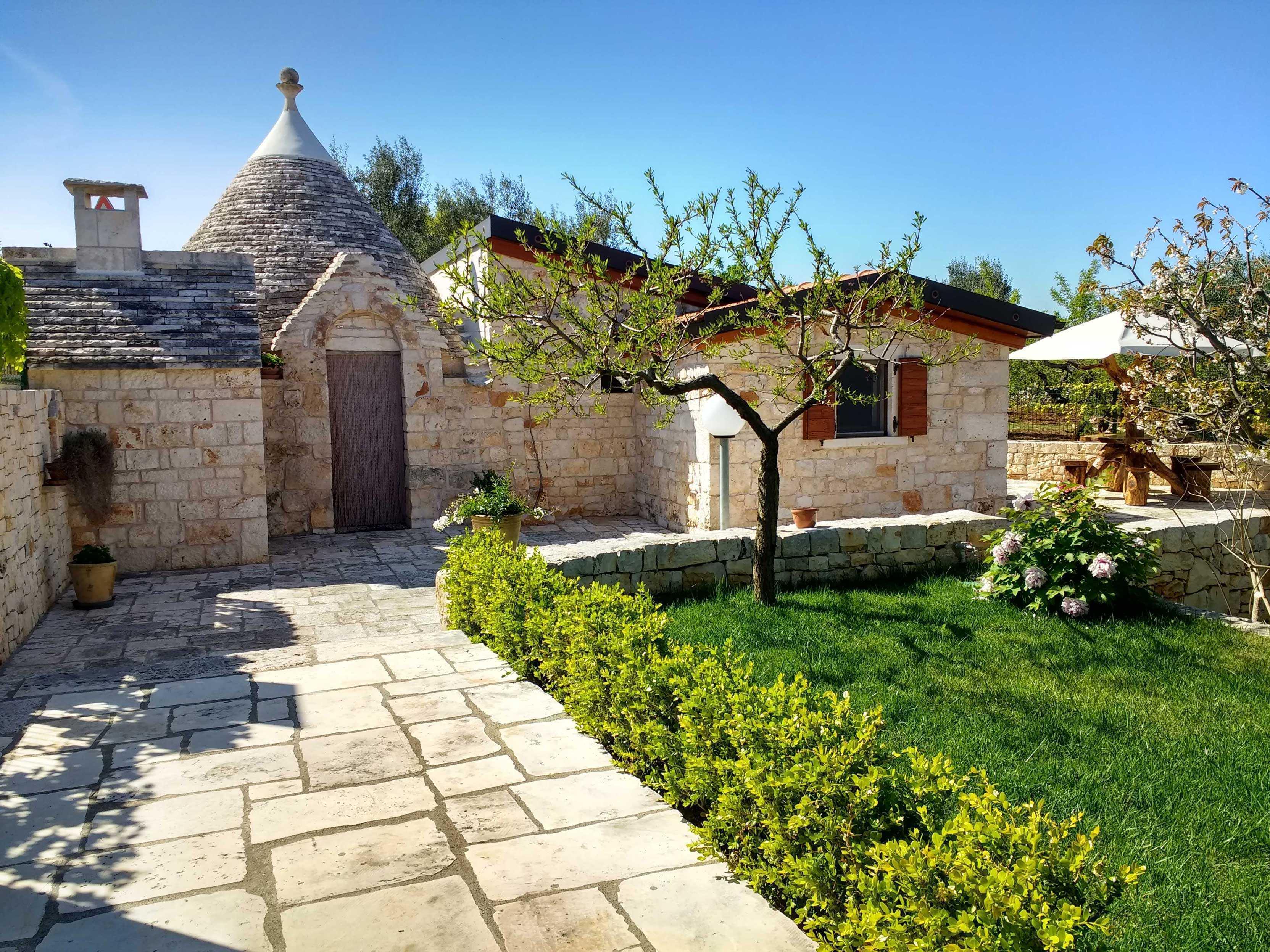 Il giardino degli ulivi montevago restopolitan